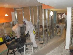 3. Valor Mold Removal - Mold Remediation In Hallway - Fairfax Station VA (During)